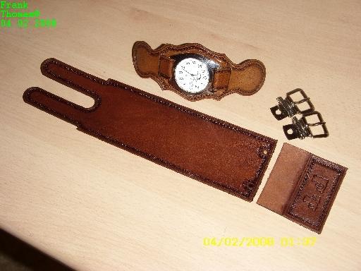 armband. Black Bedroom Furniture Sets. Home Design Ideas